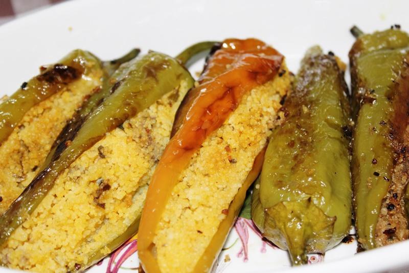 Deliziosi peperoni ripieni al cous cous