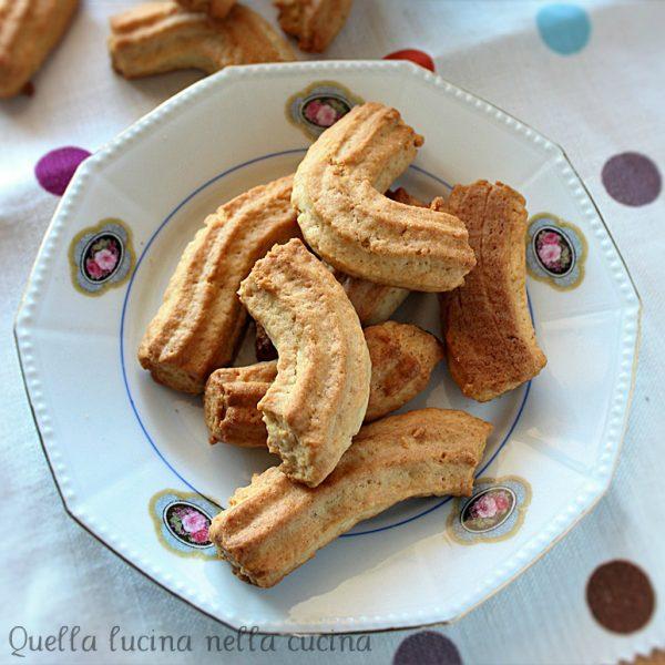 Biscotti krumiri senza uova alla banana