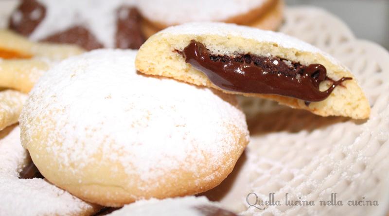 biscotti ripieno cioccolato
