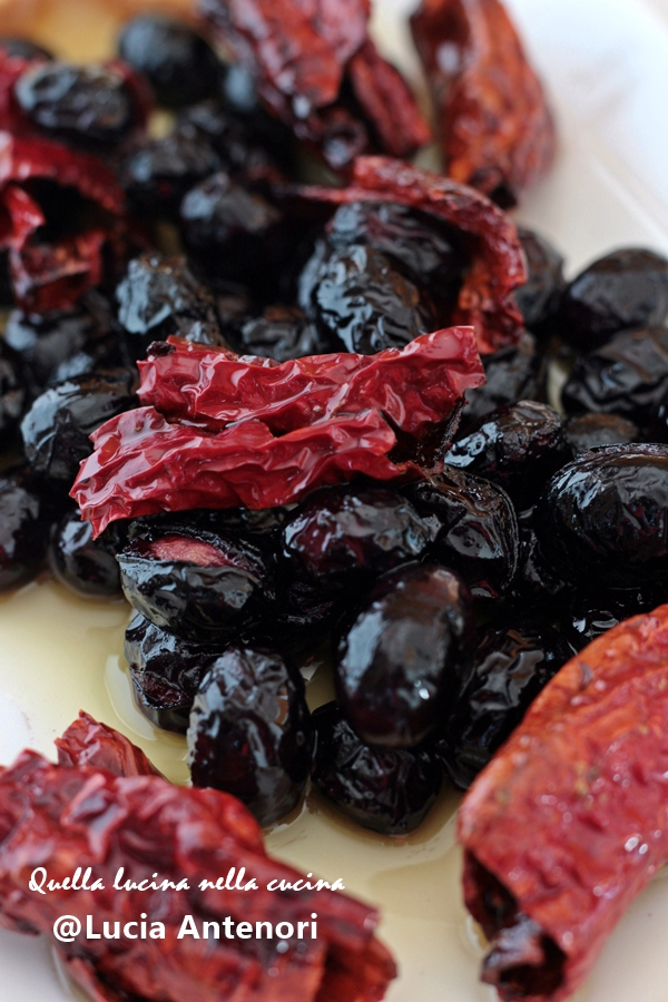 olive peperoni cruschi