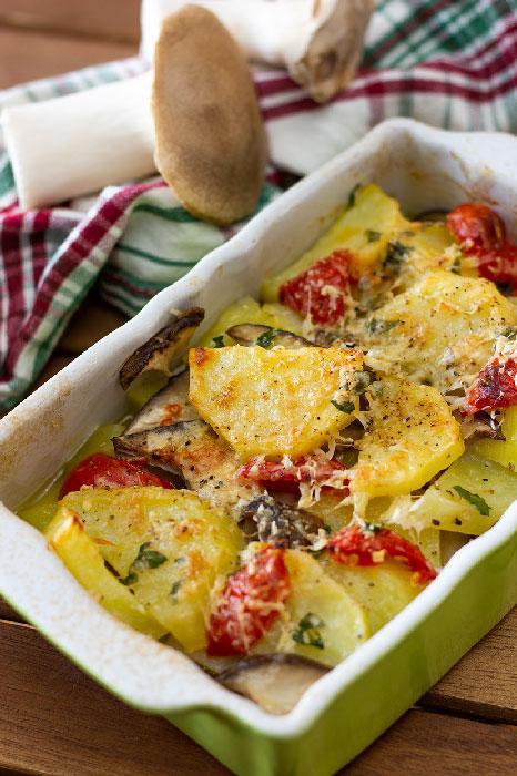 patate al forno con funghi cardoncelli
