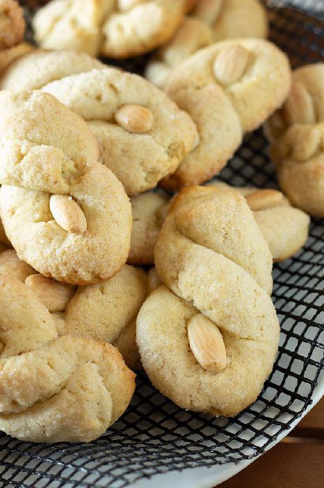 biscotti pugliesi con le mandorle